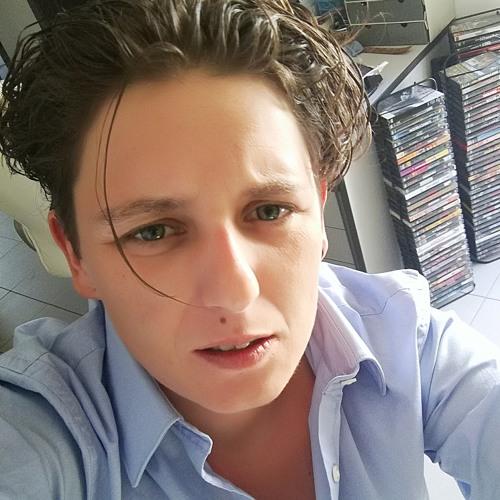 Gwendoline's avatar