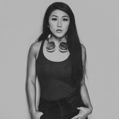 OLIVIA THAI's avatar