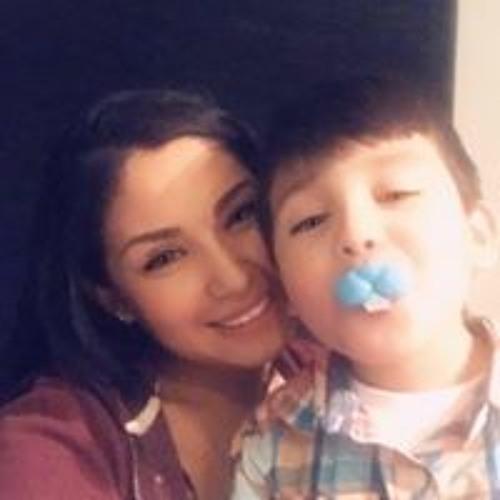 Mari Andrade's avatar