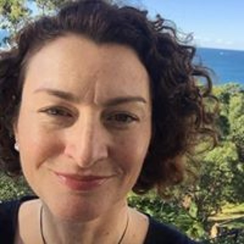 Lisa Kenway's avatar