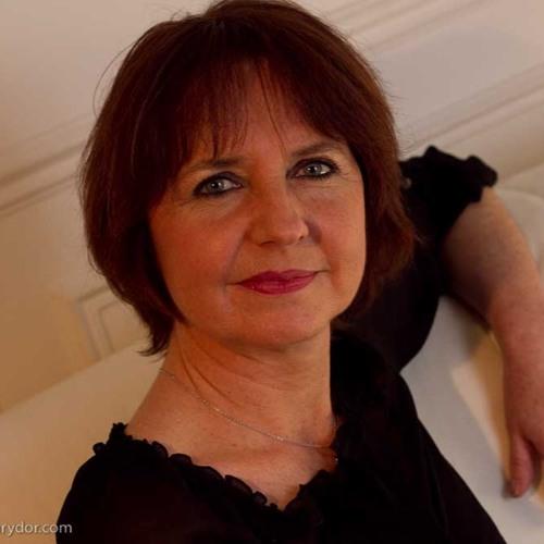 Emmanuelle Henry's avatar