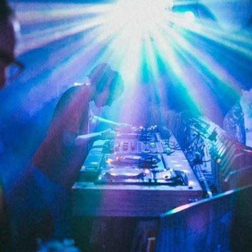 DJ JNETT's avatar