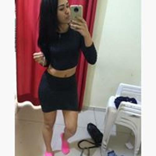 Victoria Souza's avatar