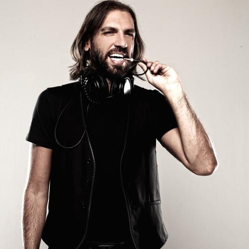 DJ Tarkan's avatar