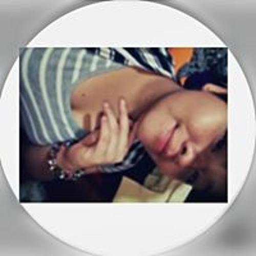 Nayely✌'s avatar