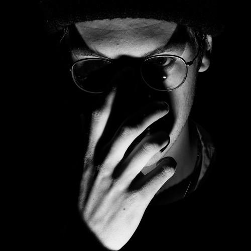 MAKS's avatar