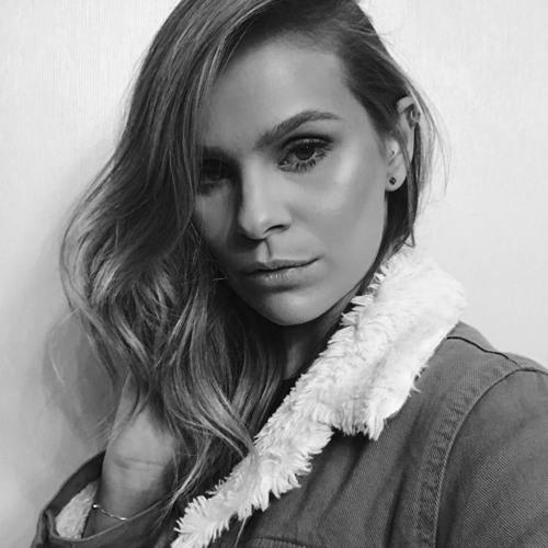 Maria Fernanda Dillenburg's avatar