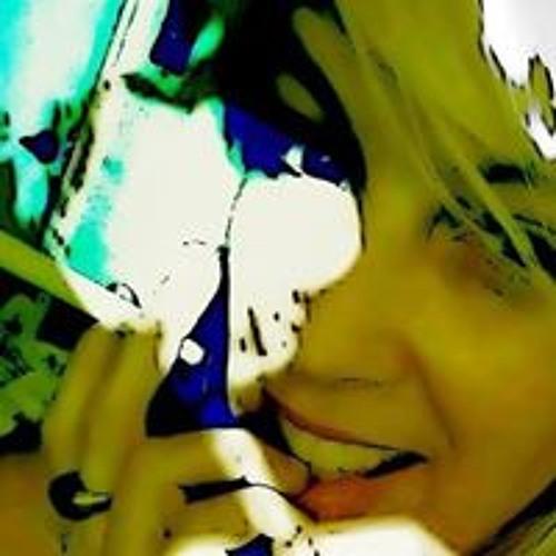 Foxi Stills's avatar