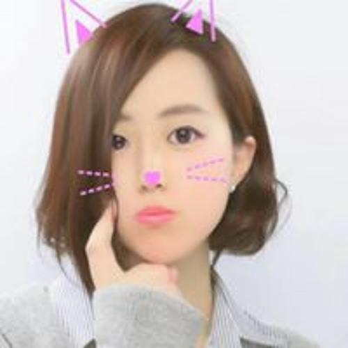 山下麗奈's avatar