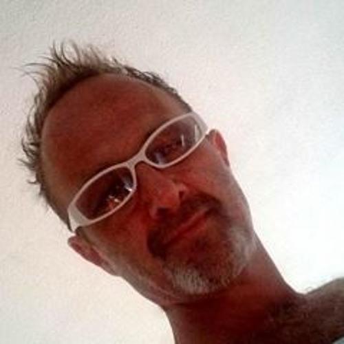 Julius Chidi's avatar