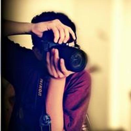 Amine Up's avatar