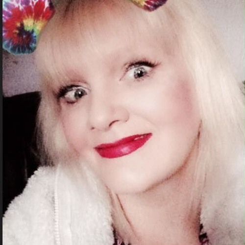 Sue's avatar