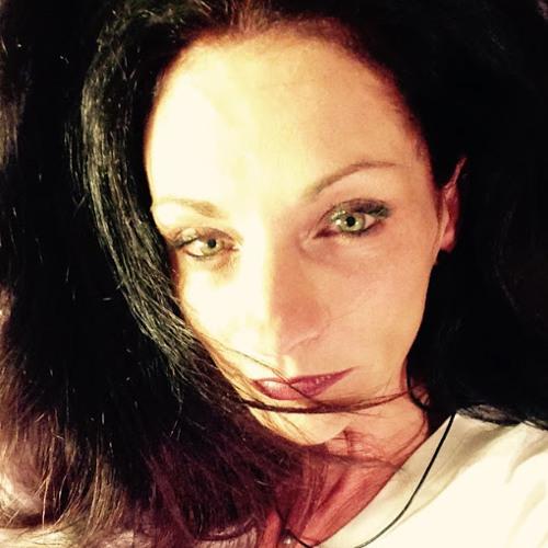 Delphine Lorin's avatar