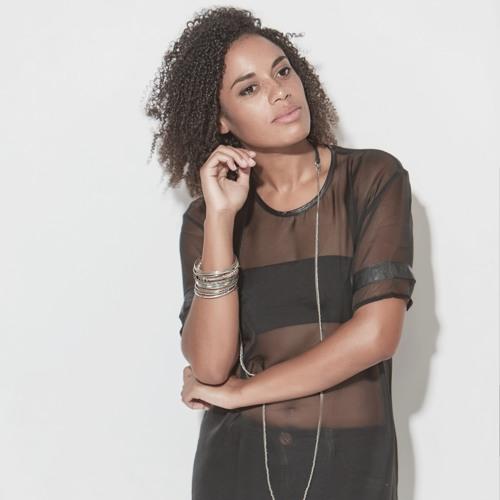 Carita La Nina's avatar