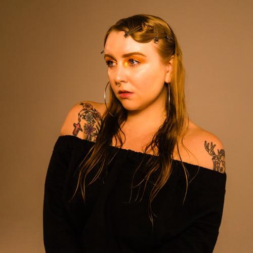 Lili K's avatar