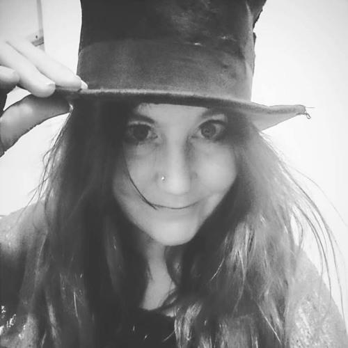Julie Scott's avatar