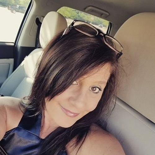 Deanna Sweidel's avatar