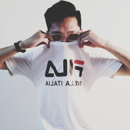 M E B's avatar