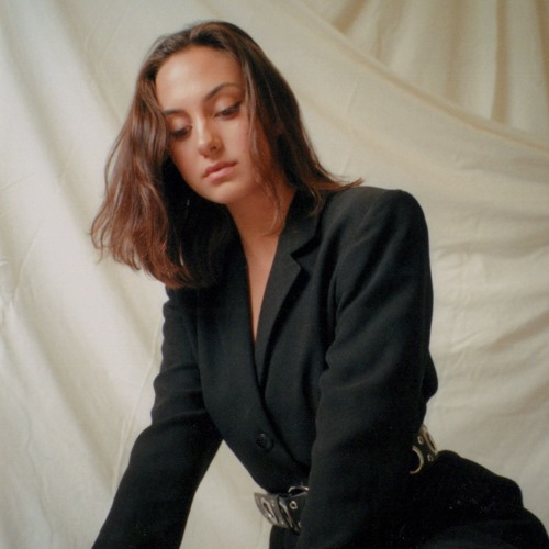 Brooke Aulani's avatar