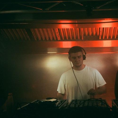 DJ Stolen's avatar