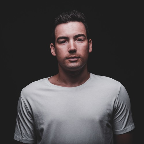 Fahrano Music Official's avatar