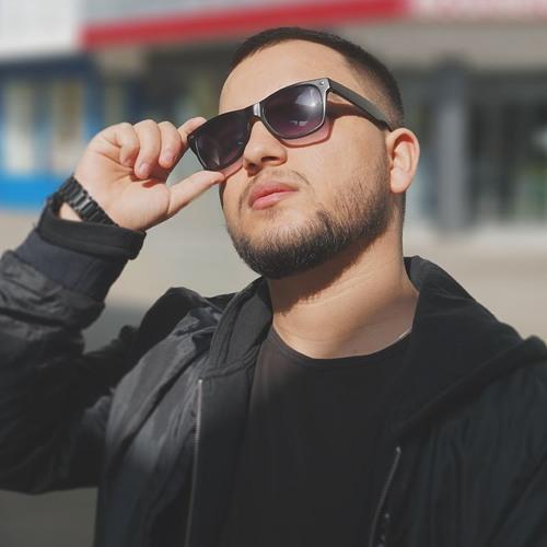 Azy's avatar