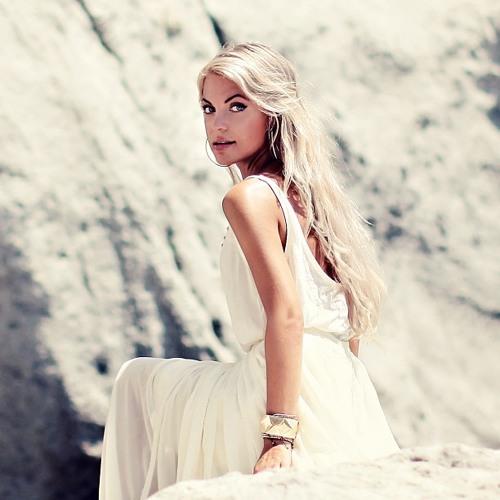 Nina Friedman's avatar