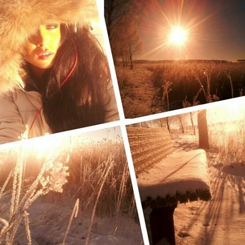 Julie Khoury's avatar