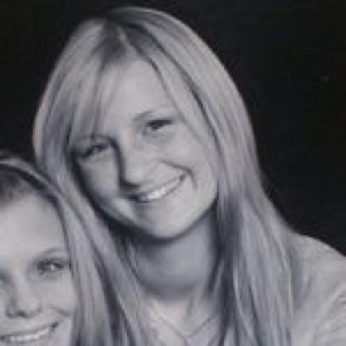 Amanda Kingsley's avatar