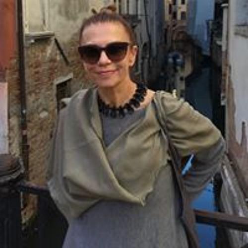 Larissa Rudova's avatar
