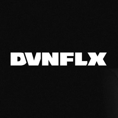 D V N F L X's avatar