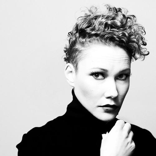 Claire Hardman's avatar