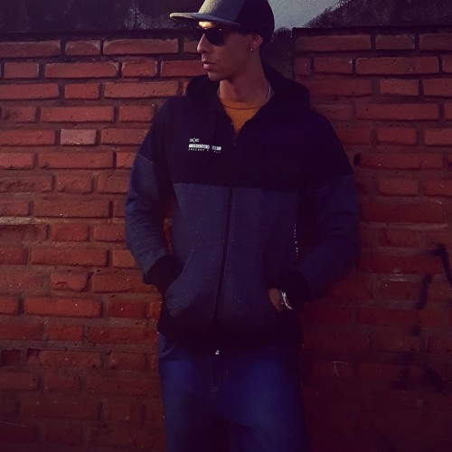 Felipe Michelin's avatar