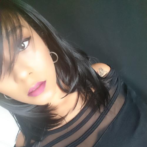 Mizz Caramel's avatar