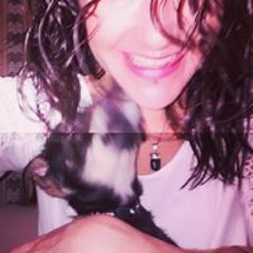 Lucia Rivero's avatar