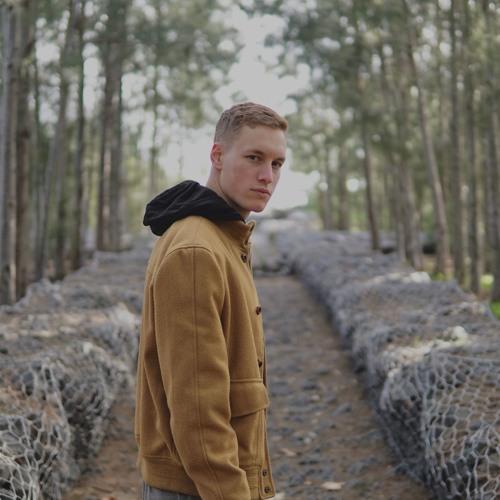 Erik Sing's avatar