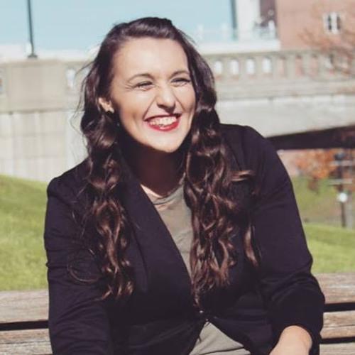 Emily Marsh's avatar