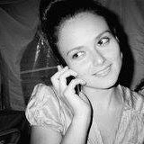 Paola Delgado's avatar