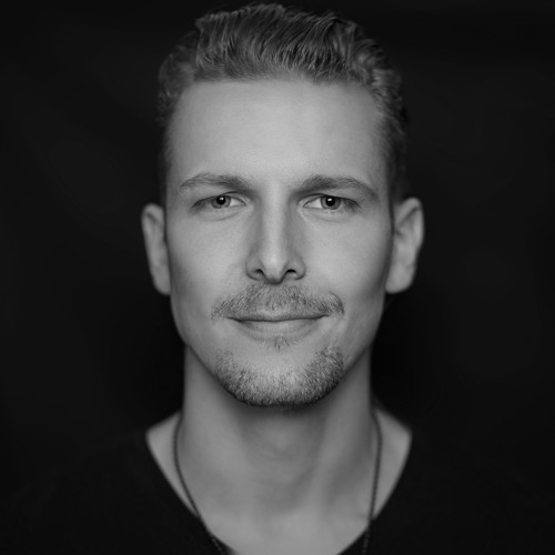 Kim Damien's avatar