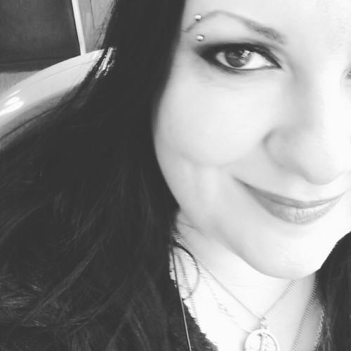 Angellyca Hoffmann's avatar