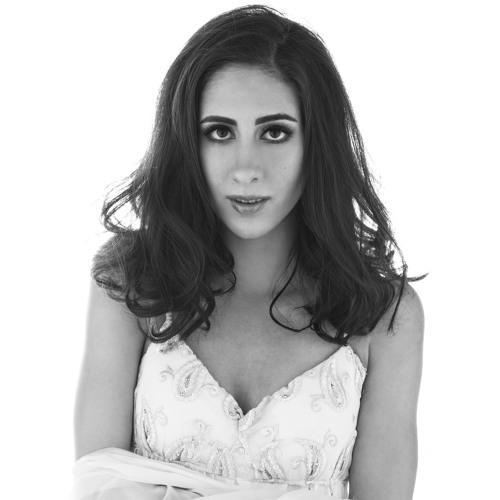 Ava Maria Safai's avatar