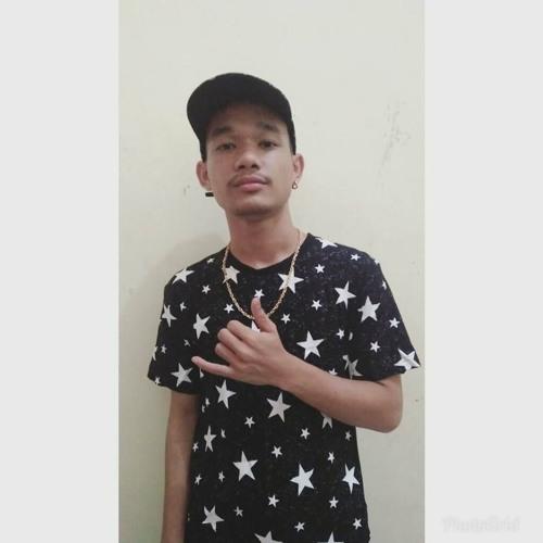 Rio Eben Ezer's avatar