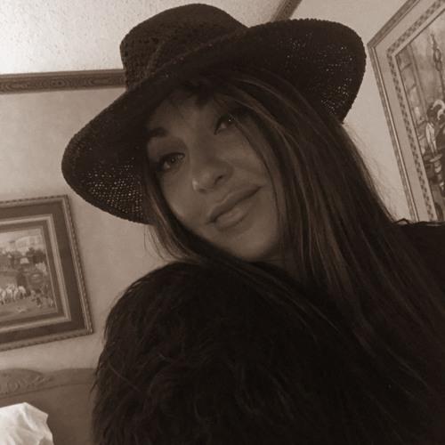 Juliana Kazieva's avatar