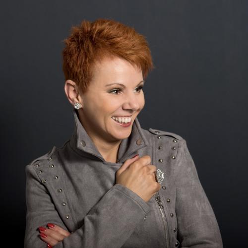 Kelli Brogan's avatar