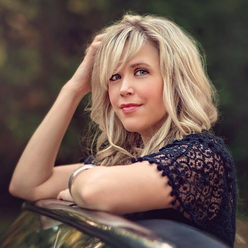 Hilary Scott's avatar