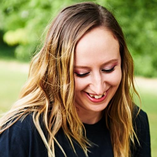 Lorraine Baker's avatar