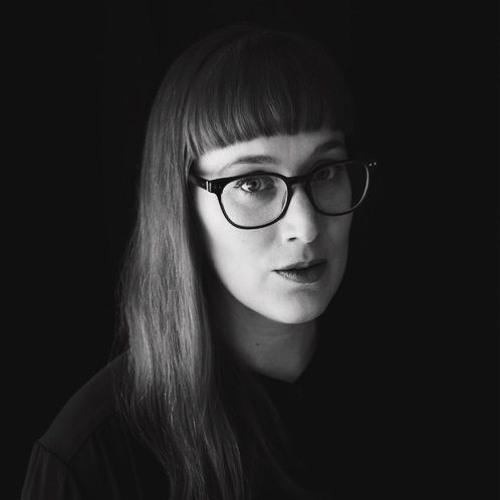 Veronique Vaka's avatar