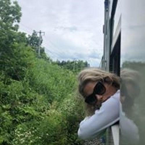 Lisa Grignard's avatar