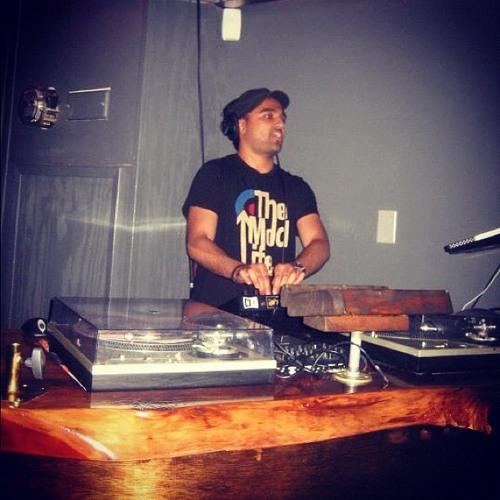 DJ DARE's avatar