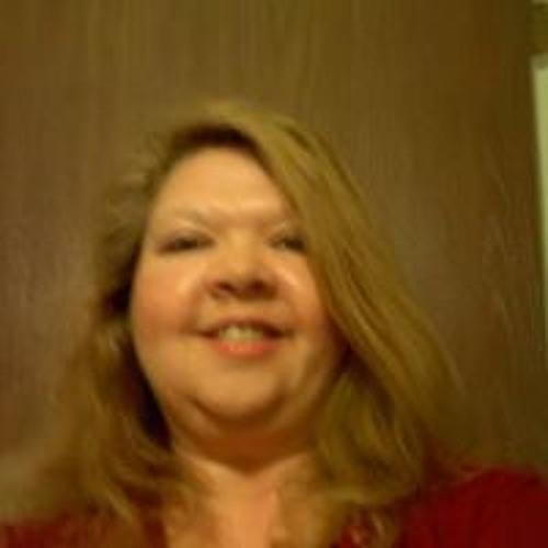Carol Riedl's avatar